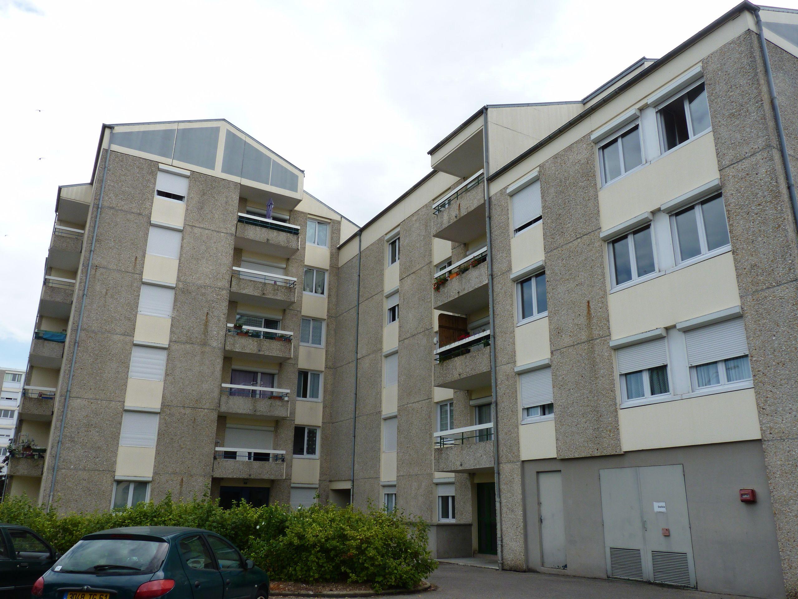 Logement argentan locataion appartement t5 for Appartement t5