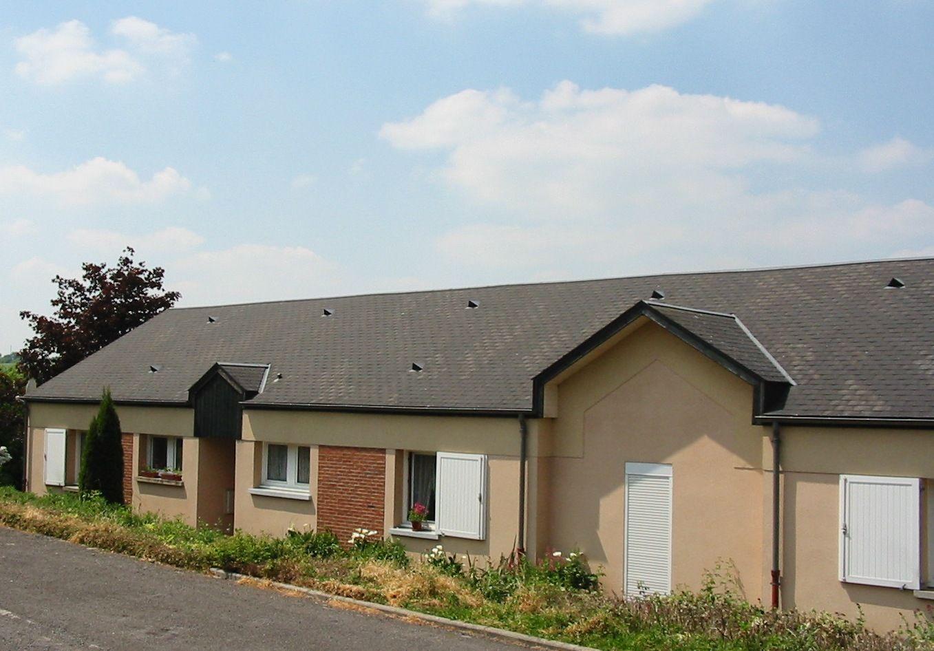 Logement gac locataion maison t2 orne for Entretien exterieur locataire