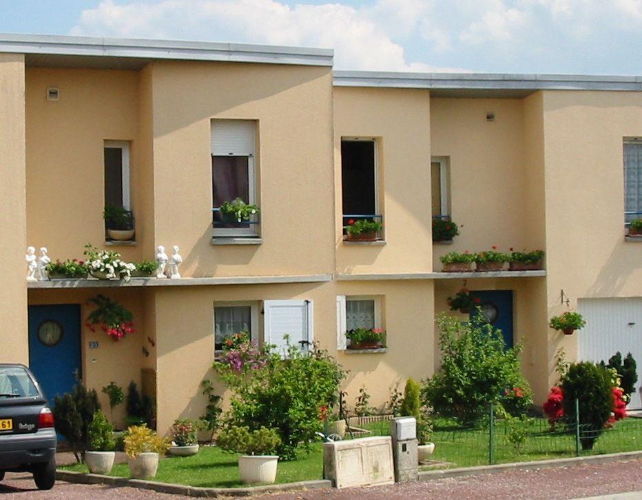 Logement l 39 aigle locataion maison t4 orne for Entretien exterieur locataire