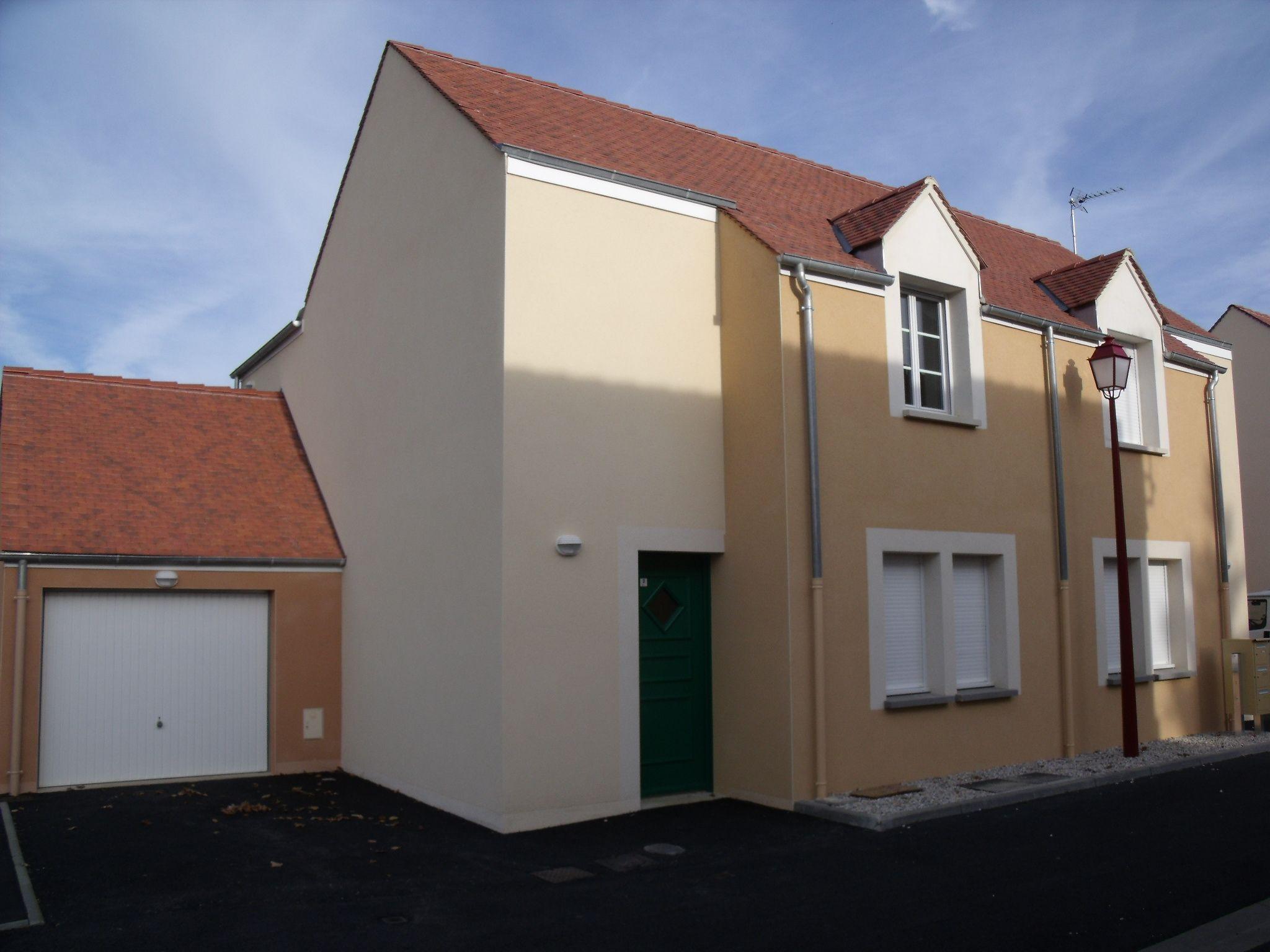 Logement le theil sur huisne locataion maison t4 82 for Entretien exterieur locataire