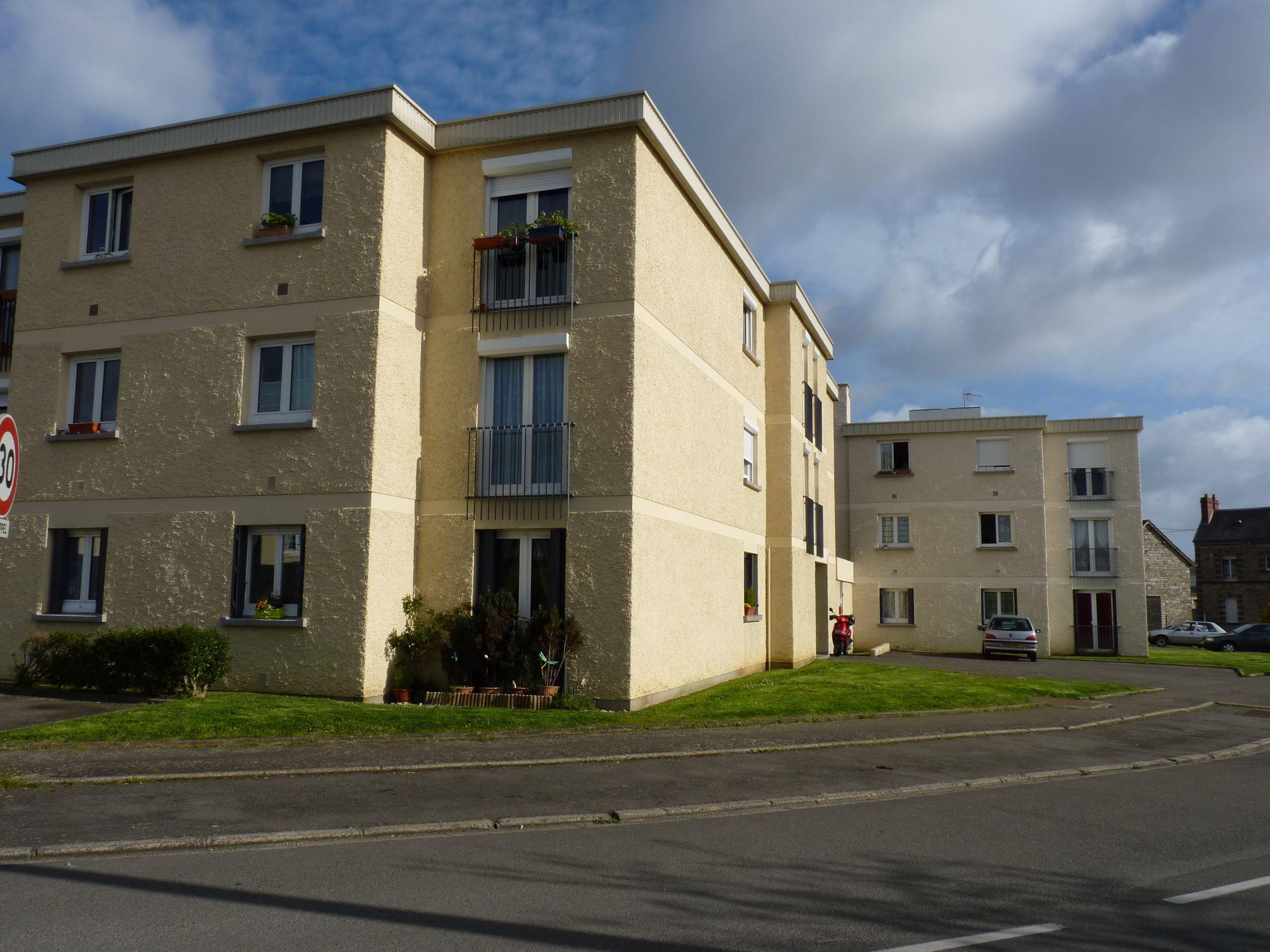 Logement saint germain du corbeis locataion appartement for Entretien exterieur locataire