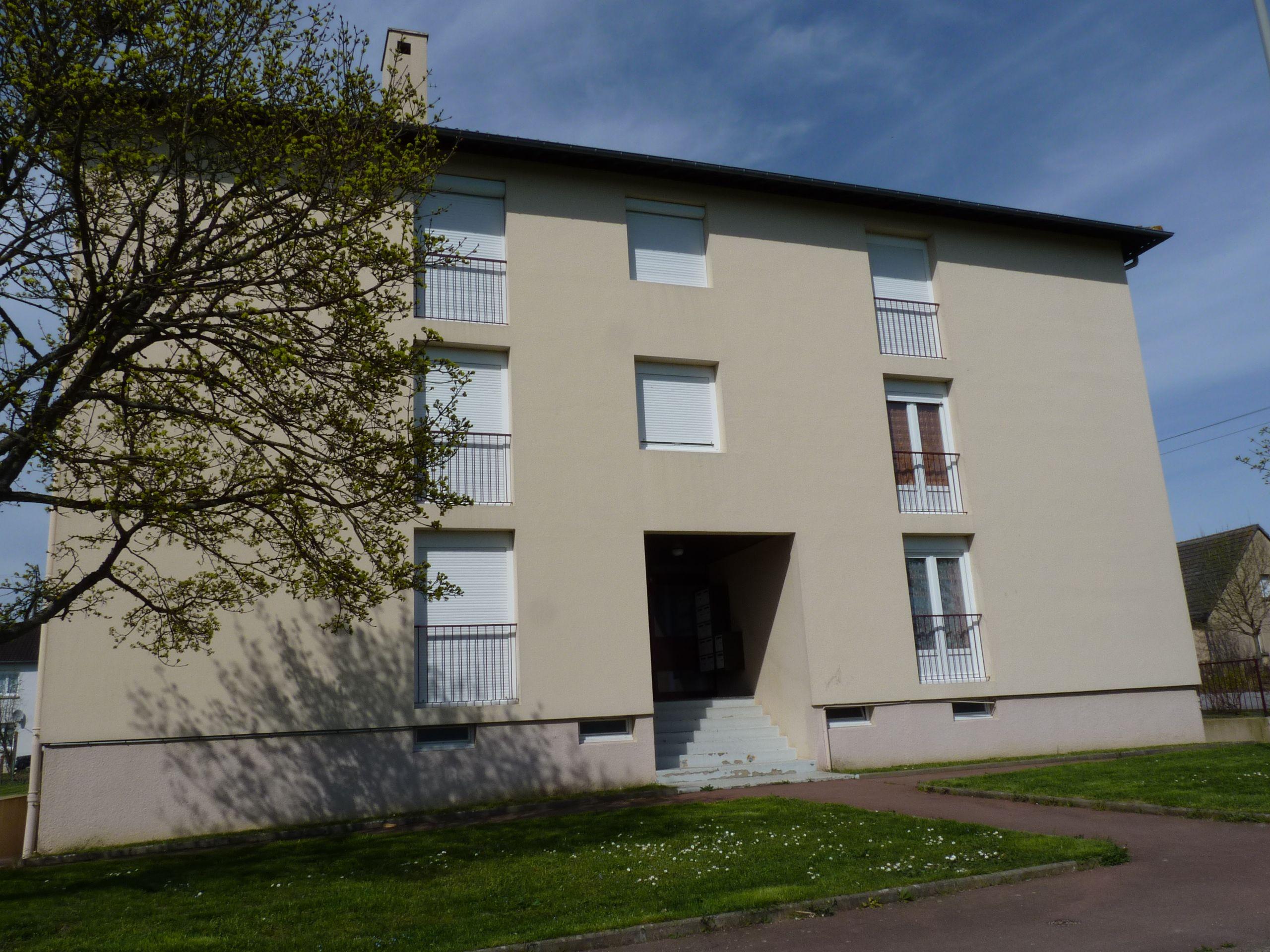 Logement bretoncelles locataion appartement t3 for Entretien exterieur locataire