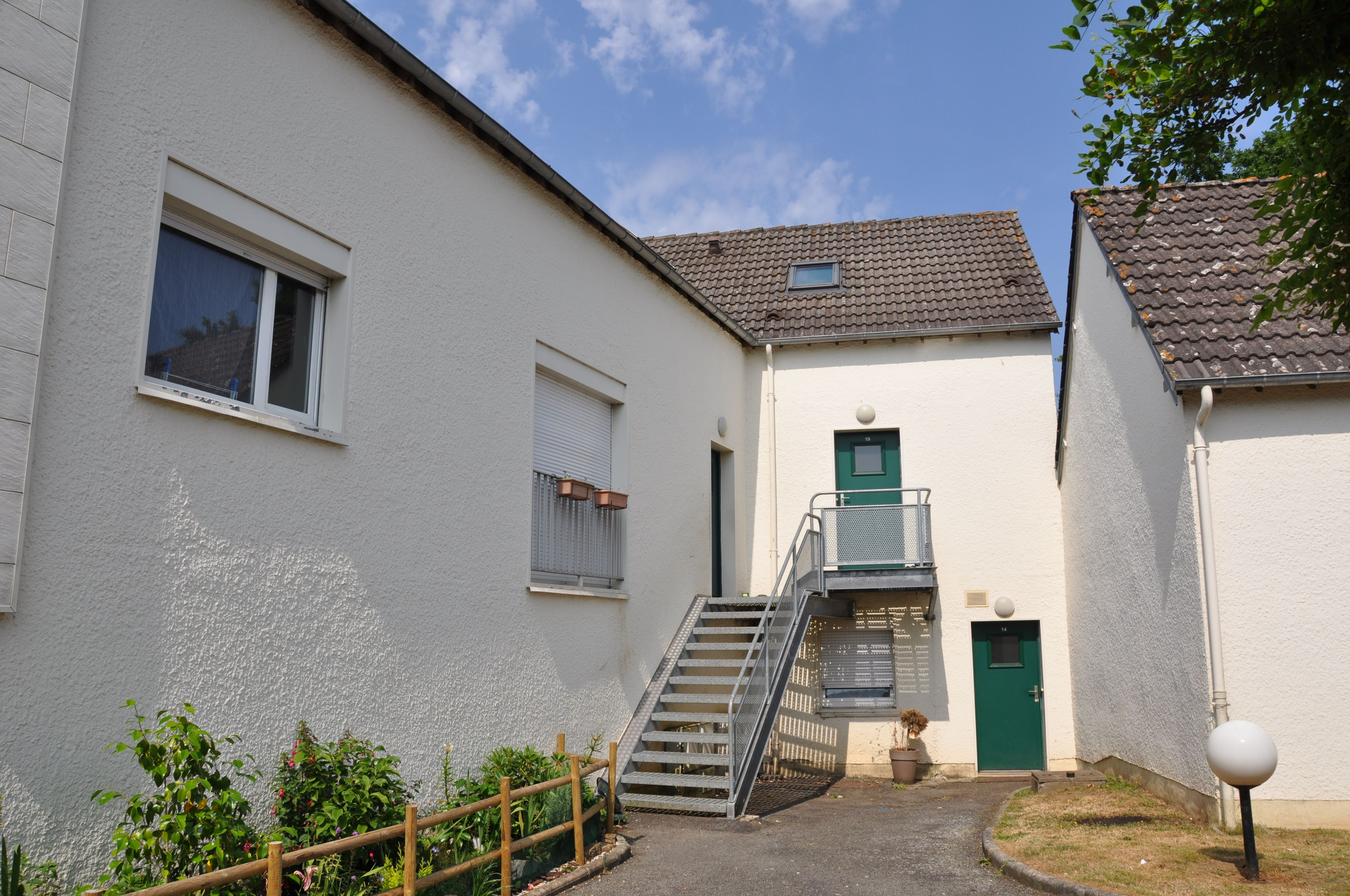 Logement juvigny sous andaines locataion maison t1 31 for Entretien exterieur locataire