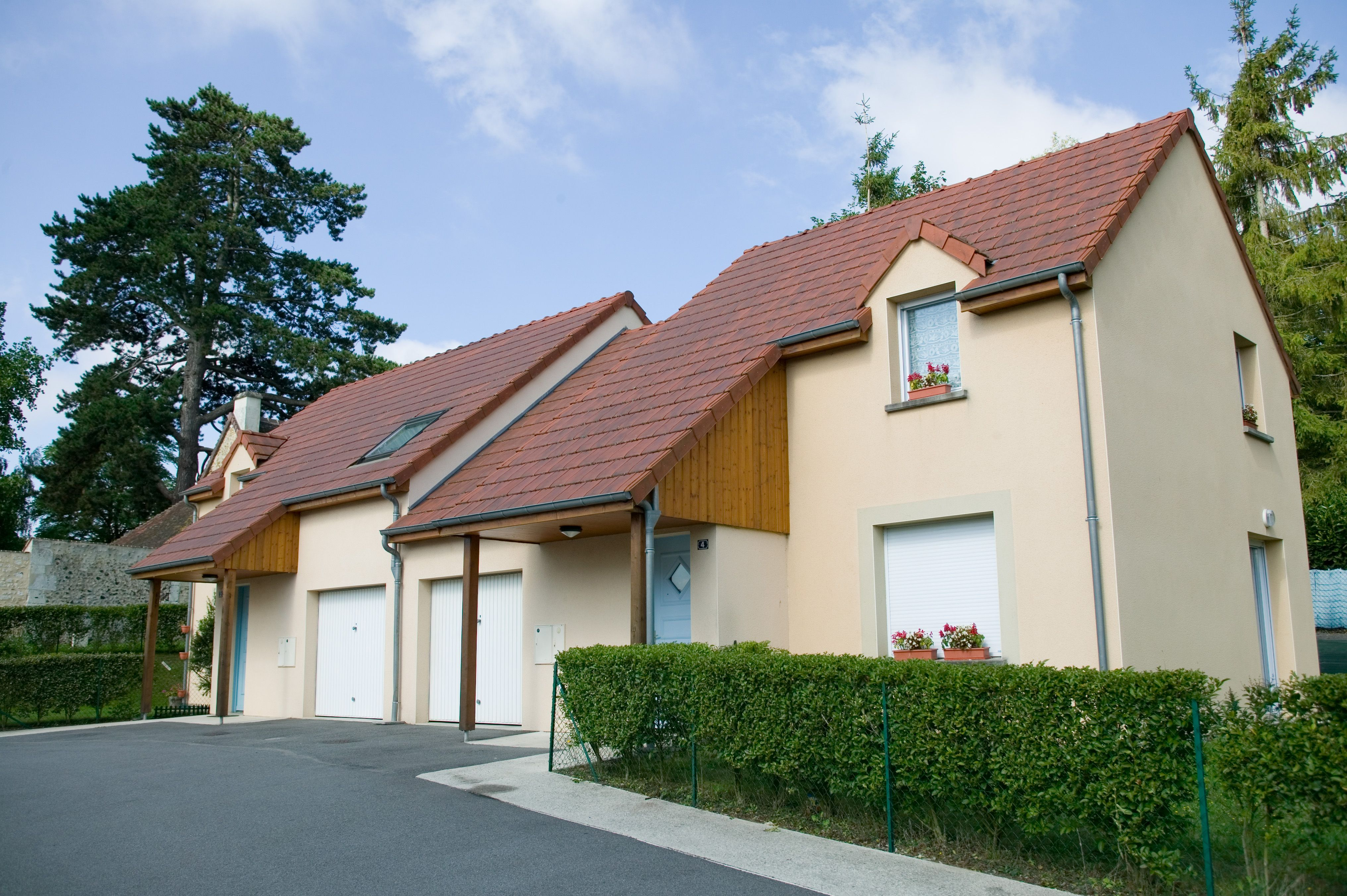 Logement mortagne locataion maison t4 orne for Entretien exterieur locataire
