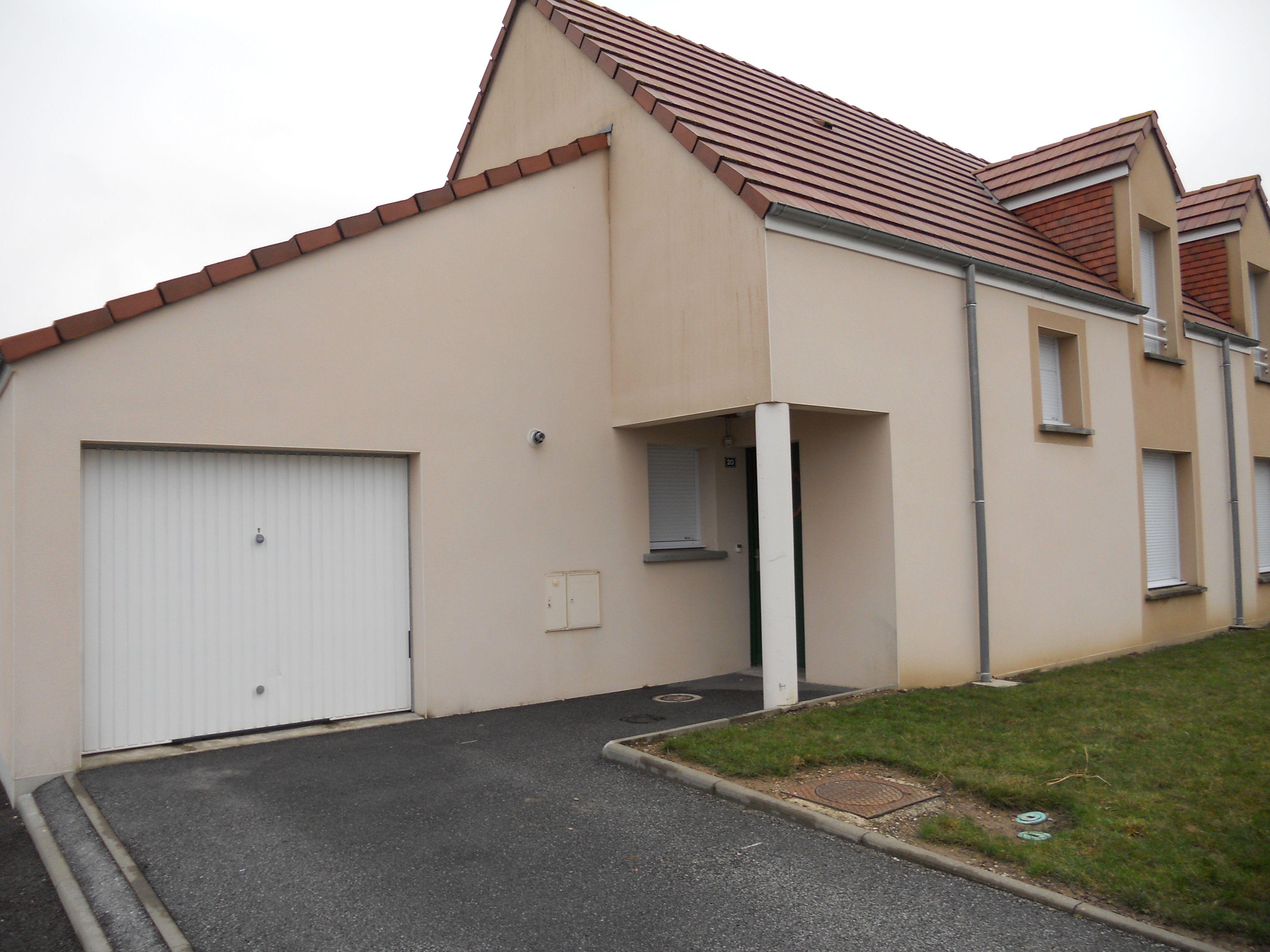 Logement randonnai locataion maison t4 orne for Entretien exterieur locataire