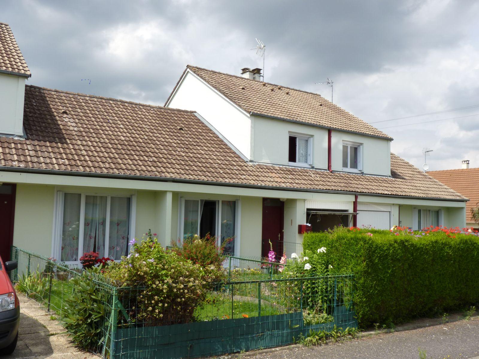 Logement randonnai locataion appartement t1 for Entretien exterieur locataire