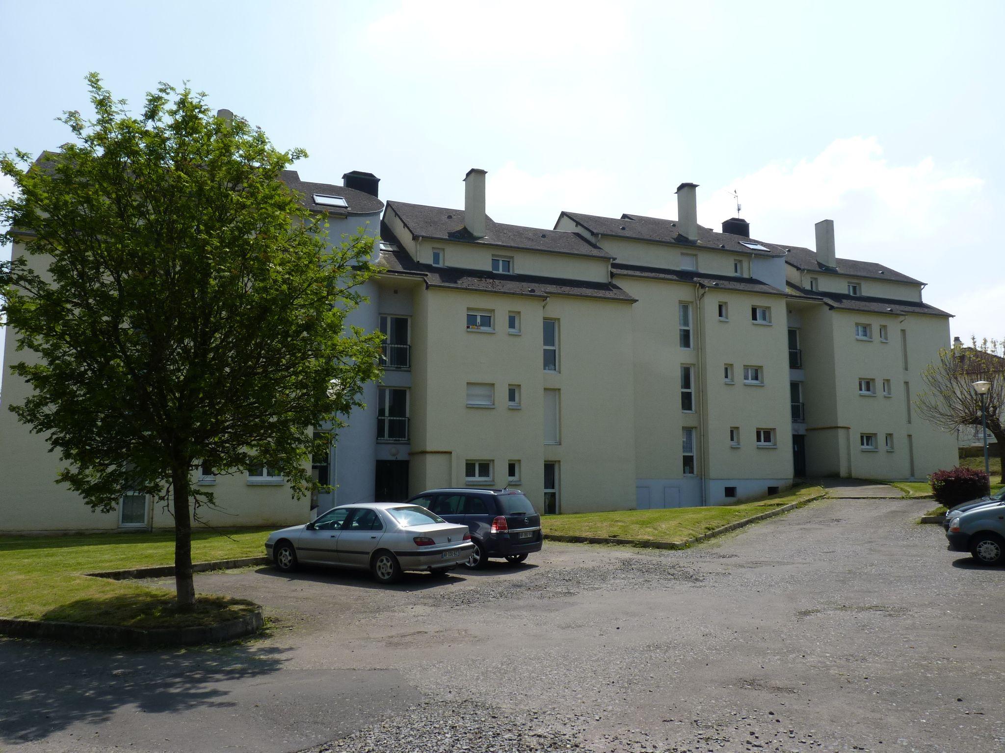 Logement tinchebray locataion appartement t1 for Entretien exterieur locataire